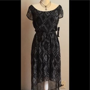 New Sharagano size 6 dress